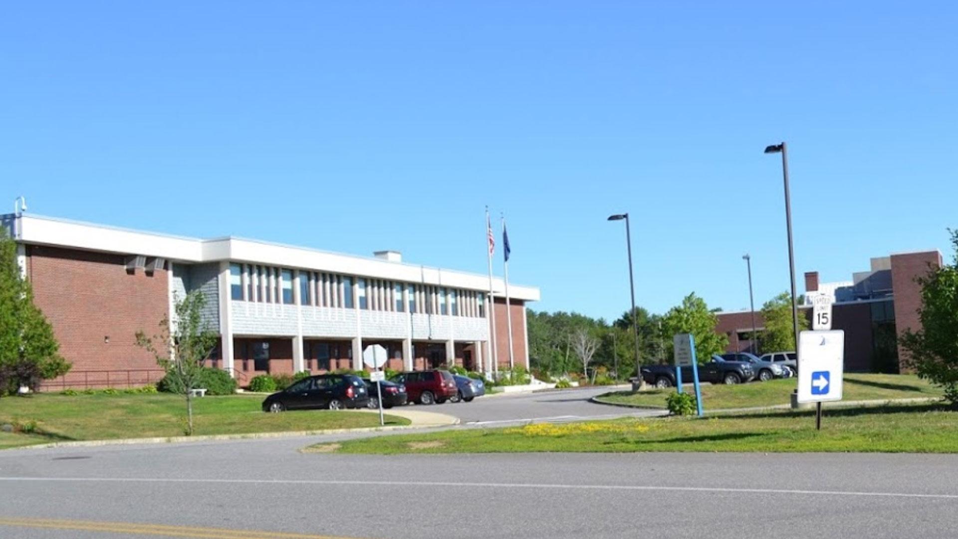 Community College Exterior Photo